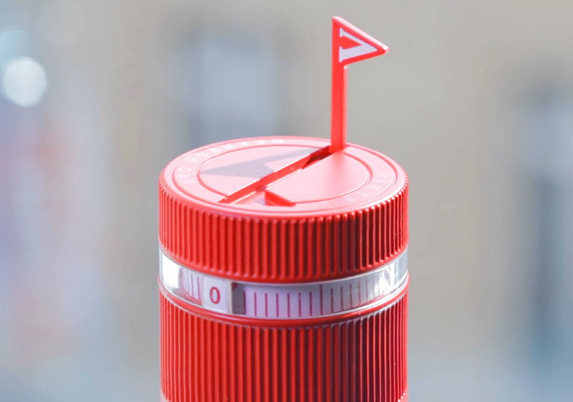 Vittel Refresh Water Bottle Cap Reminds You To Stay