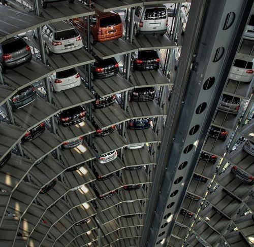 614px-Autoturm_von_Innen