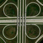 A cloverleaf interchange is formed at the intersection of U.S. Route 131 and the Paul B. Henry Freeway in Grand Rapids, Michigan, USA