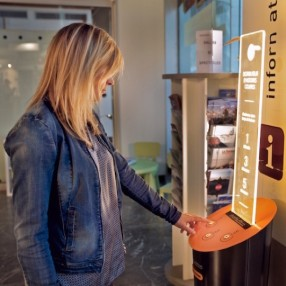 Short-story-vending-machine-in-use-540x540