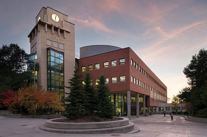 idaho-the-university-of-idaho-located-in-the-town-of-moscow-is-the-largest-library-in-the-entire-state-with-nearly-10000-periodical-subscriptions-and-1-million-books