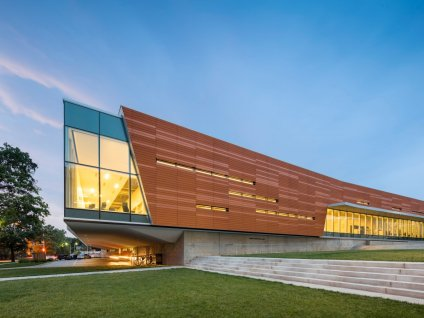 kansas-the-lawrence-public-library-in-the-town-of-lawrence-uses-a-combination-of-glass-wood-and-concrete-that-won-it-a-2016-aiaala-library-building-award