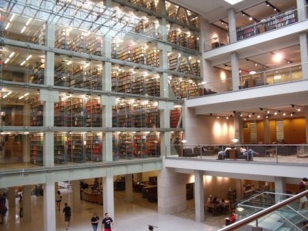 ohio-located-in-columbus-the-palatial-william-oxley-thompson-library-won-the-2011-aiaala-library-building-award