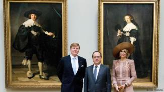 Mandatory Credit: Photo by Nieboer/PPE/SIPA/REX/Shutterstock (5612508d) King Willem-Alexander, Francois Hollande and Queen Maxima in front of two Rembrandt paintings at the Louvre Museum Francois Hollande receives Dutch Royals, Elysee Palace, Paris, France - 10 Mar 2016
