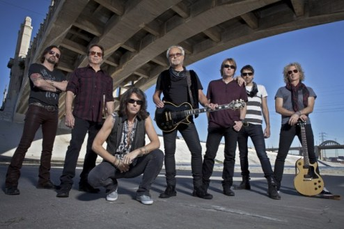 Foreigner-2017-Press-Photo_creditBillBernstein