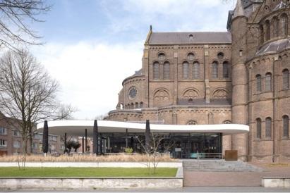 05-De Petrus, Netherlands-The renovation was the work of Dutch firm Molenaar & Bol & Van Dillen Architects