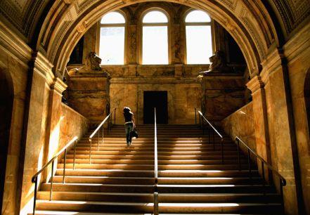 gallery-1474658576-boston-public-library