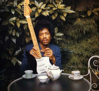 These are the last known photos of #JimiHendrix taken before he died |  bluesyemre