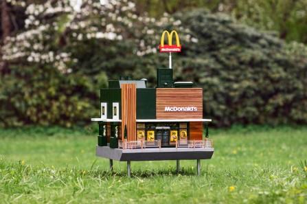 https___hypebeast.com_image_2019_05_mcdonalds-mchive-worlds-smallest-restaurant-bee-hive-1