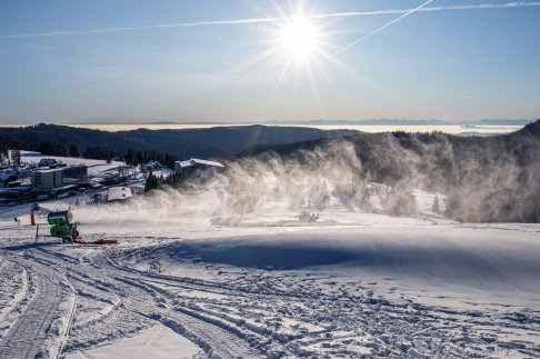 Science_Snowmakers-1186389787
