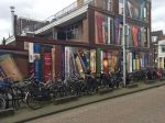 street-art-utrecht-apartment-building-transformed-into-bookcase-jan-is-de-man-5cadbddb75aef__700