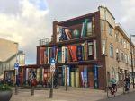 street-art-utrecht-apartment-building-transformed-into-bookcase-jan-is-de-man-5cadbde50cee4__700