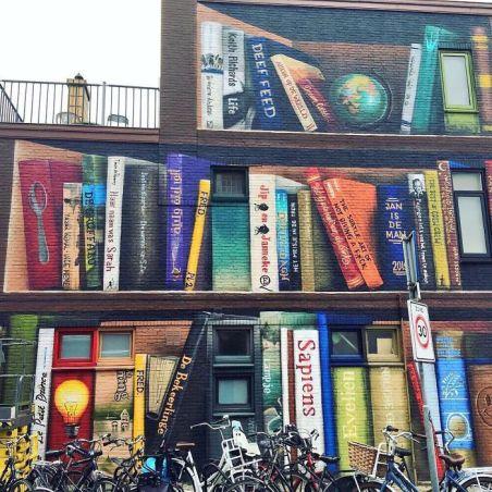 street-art-utrecht-apartment-building-transformed-into-bookcase-jan-is-de-man-5cadce49460c3__700